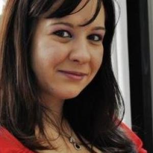 Femei Vaduve Care Cauta Barbati In Slatina - Caut un baiat pentru o noapte pčinja
