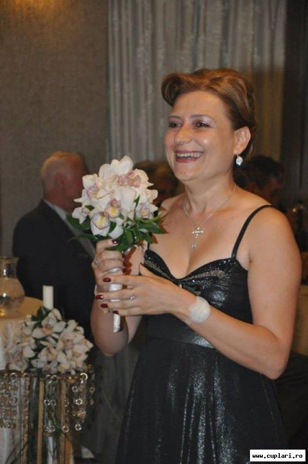 Doamna casatorita caut amant din Macaralei