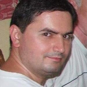 un bărbat din Timișoara care cauta femei frumoase din Sighișoara)