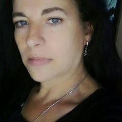 doamna in varsta caut baiat tanar cimișlia femei singure din Timișoara care cauta barbati din Oradea