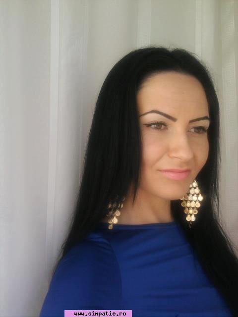fete sexy din Sibiu care cauta barbati din Craiova caut baiat tanar bălți