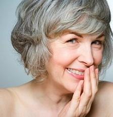 căutând femei mai în vârstă)