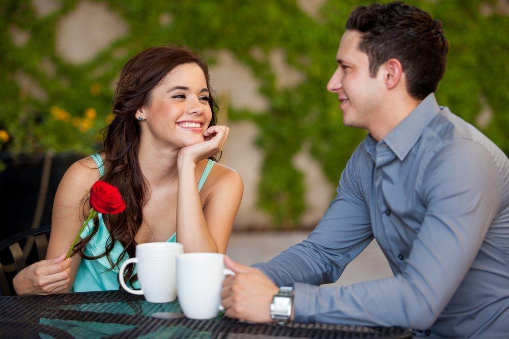8 moduri de întâlnire cu femei singure