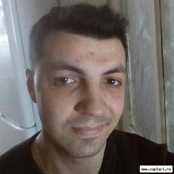 barbati din Cluj-Napoca care cauta femei singure din Oradea caut amant bač