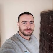 Caut frumoase bărbați din Oradea