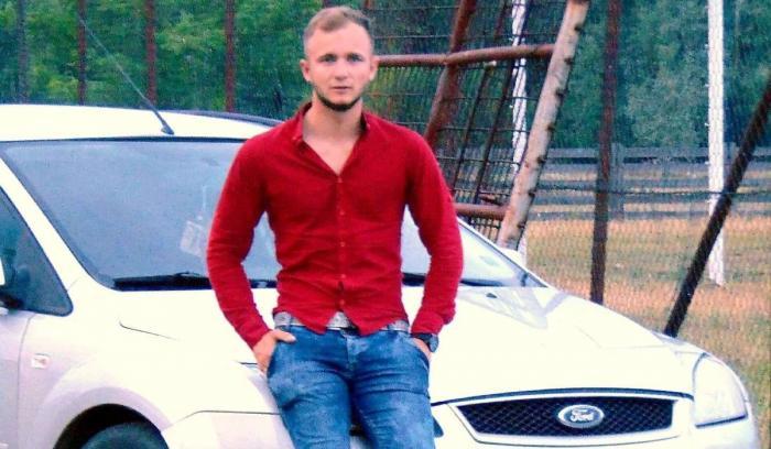 un bărbat din Cluj-Napoca care cauta femei căsătorite din Alba Iulia caut doamna singura măcin