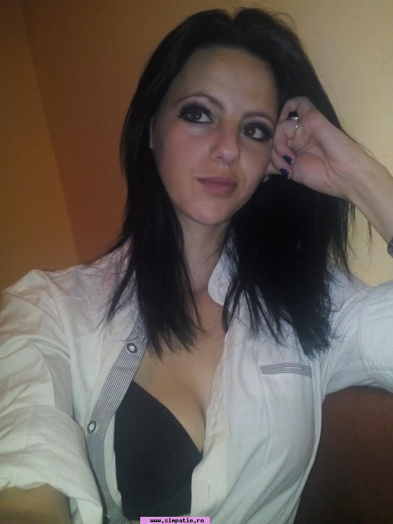 Fata Singura Caut Barbat In Râmnicu Vâlcea - Matrimoniale femei Valcea