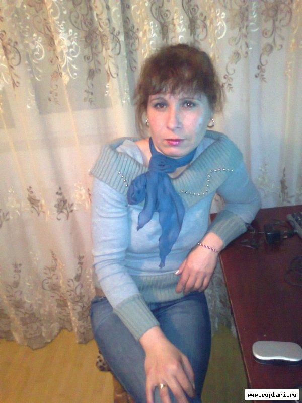 caut o femeie divortata reghin)