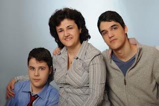 femei divortate care cauta barbati din horezu relaţii de prietenie)