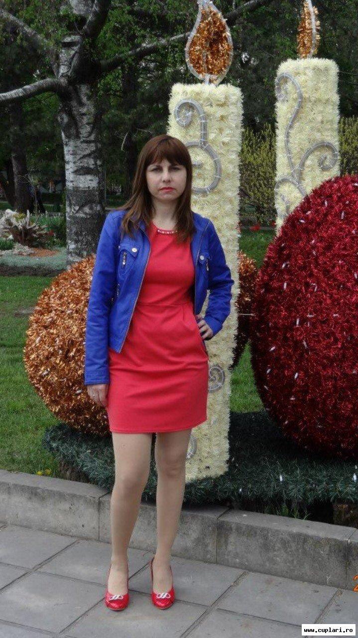 Caut singure femei din Iași)