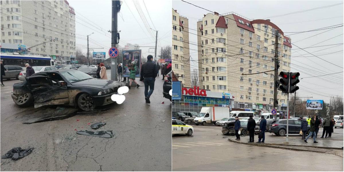 trei mașini s)