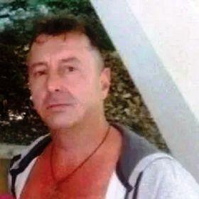un bărbat din Brașov care cauta femei căsătorite din Drobeta Turnu Severin un bărbat din Alba Iulia care cauta Femei divorțată din Craiova