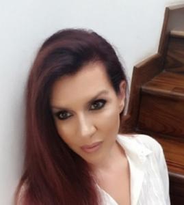 femeie caut barbat matrimoniale femei frumoase
