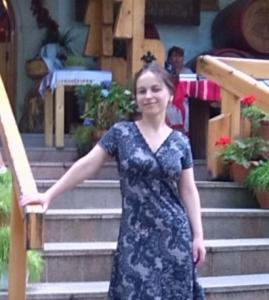 caut o doamna singura din Sibiu)