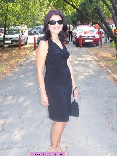 Femei care cauta barbati pentru casatorie - RoXaNa ReY bella_mafia