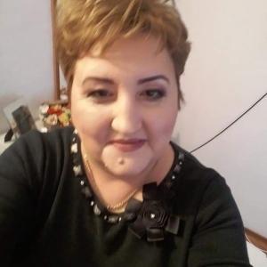 caut femei divortate vulcan fete frumoase care caută bărbați din Iași
