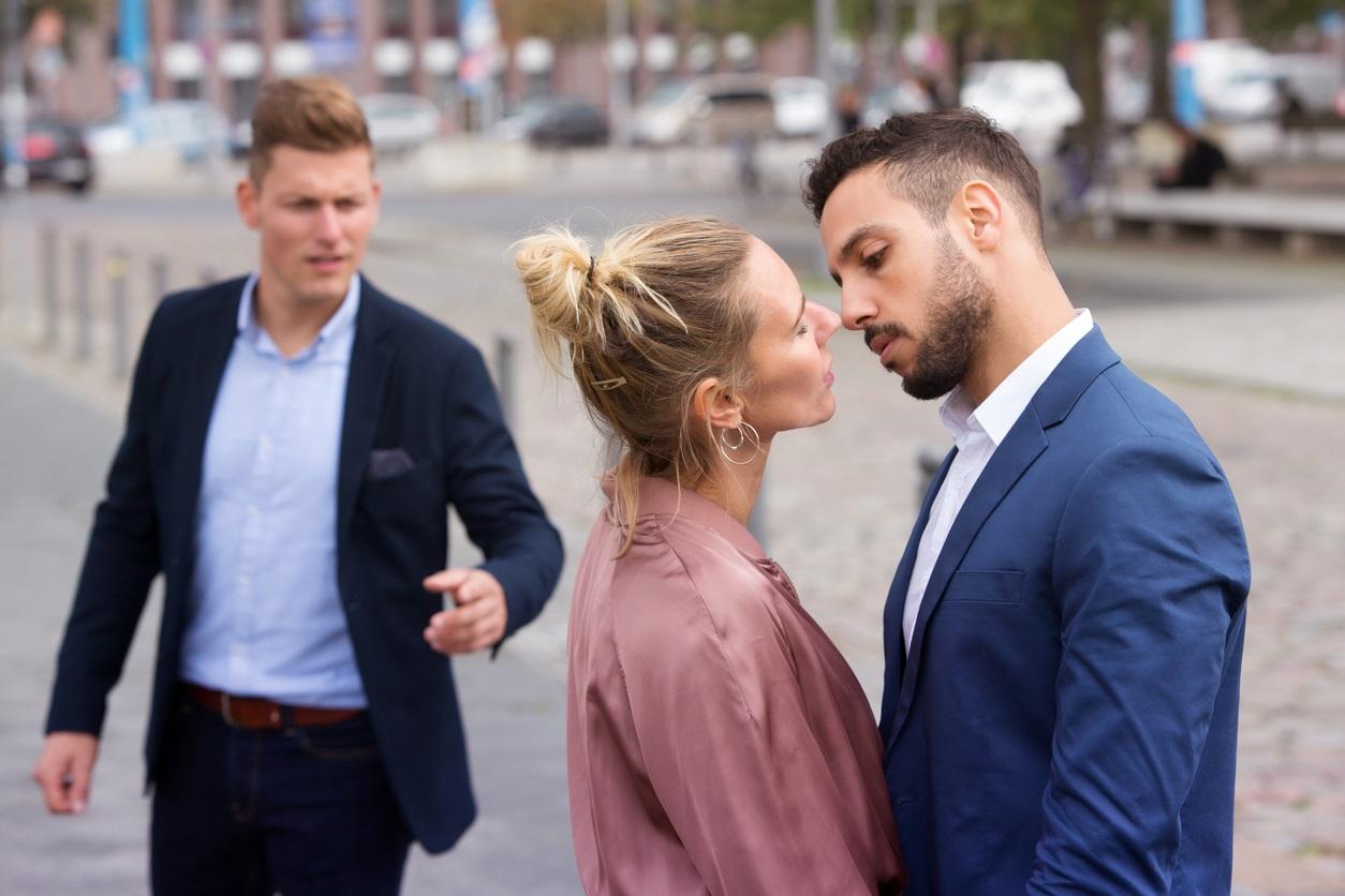 relație întâlni un alt bărbat femei care cauta barbati din pančevo barbati singuri pentru casatorie