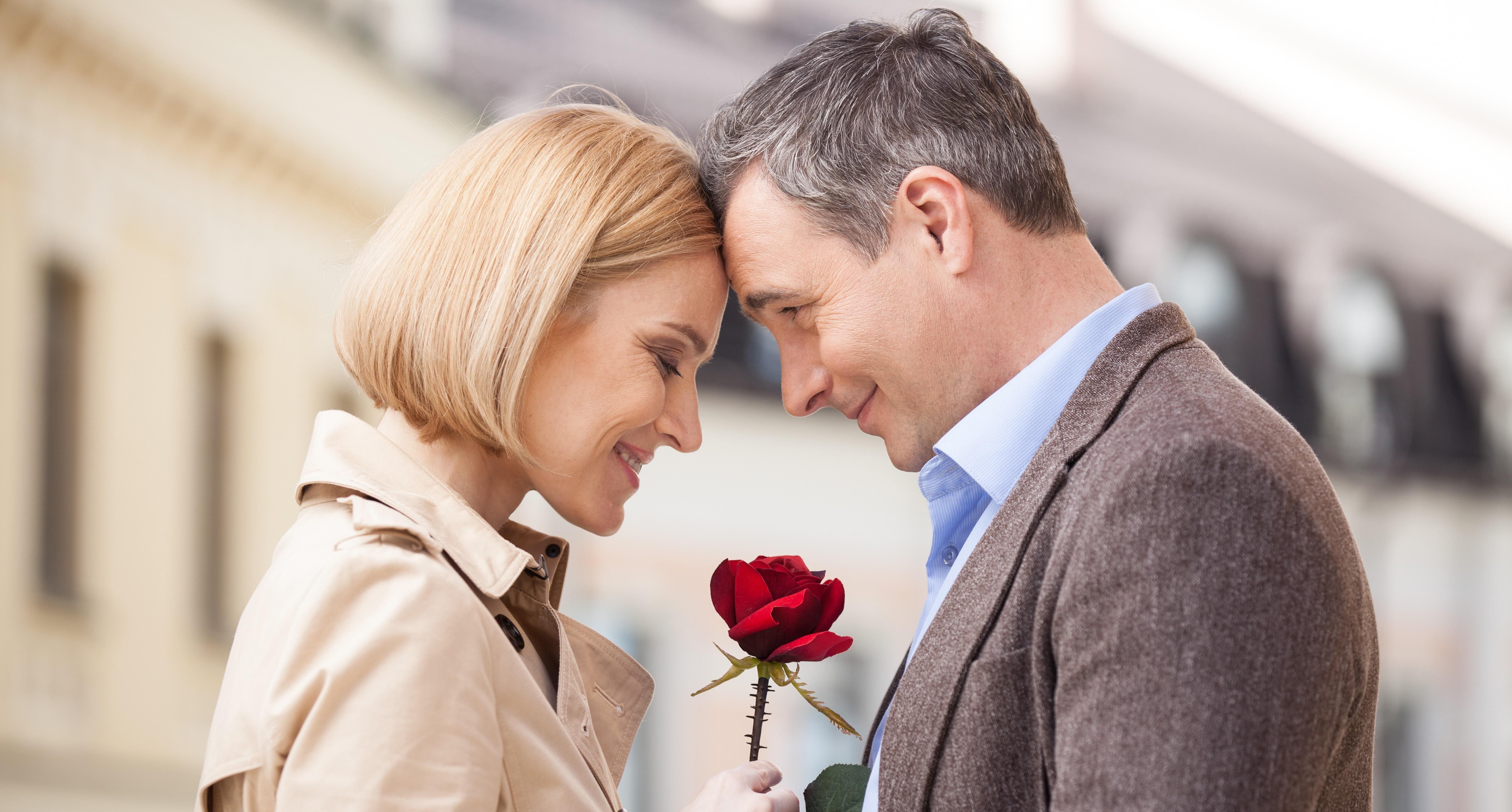 femeile mai în vârstă vor să se întâlnească)