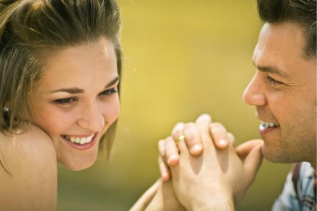 O femeie care înșală caută un alt bărbat cu care să își petreacă restul vieţii