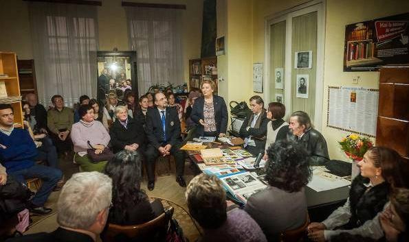 femei căsătorite din Sighișoara care cauta barbati din Alba Iulia