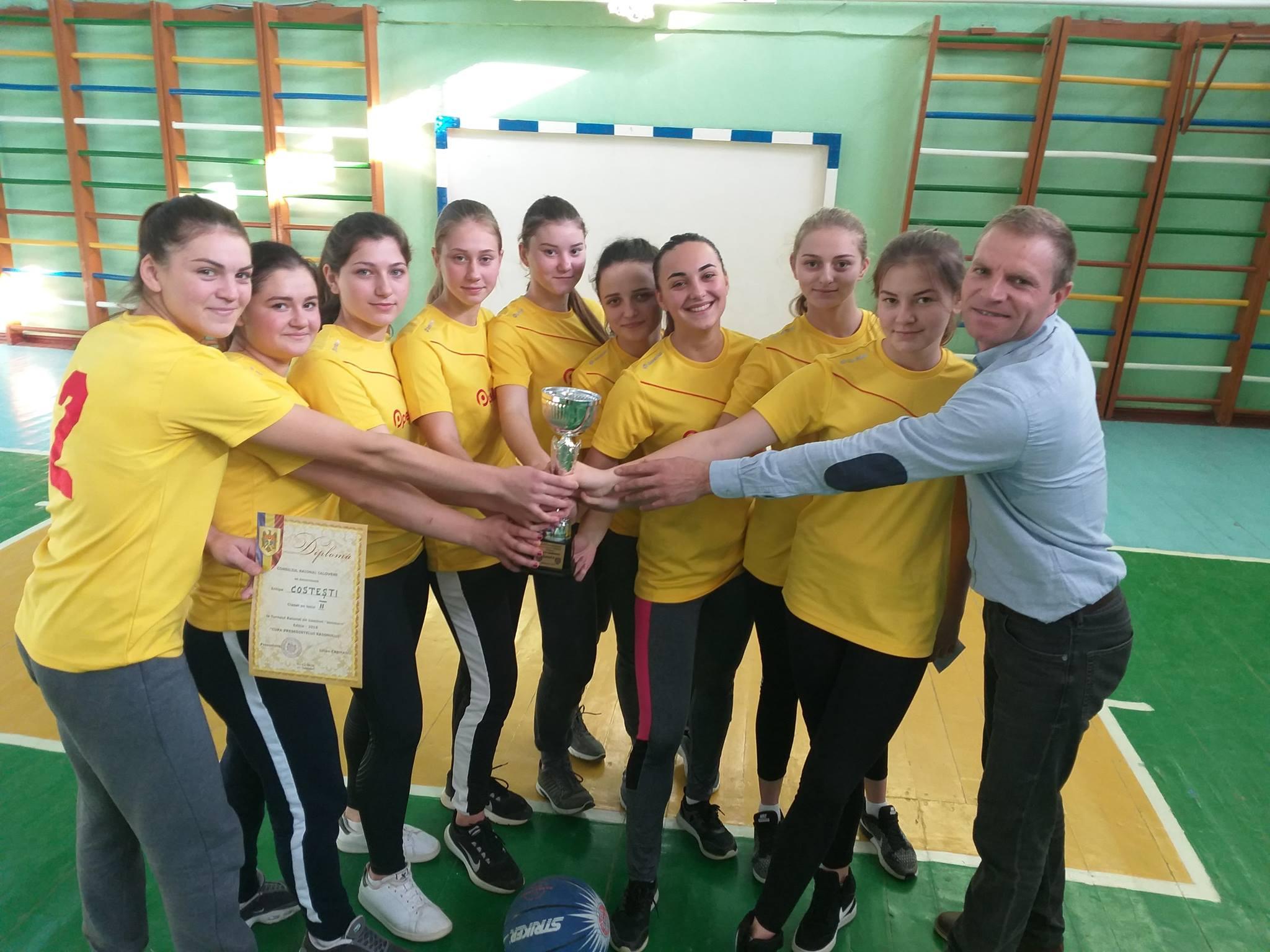 fete pentru baieti darabani femei căsătorite din Constanța care cauta barbati din Timișoara