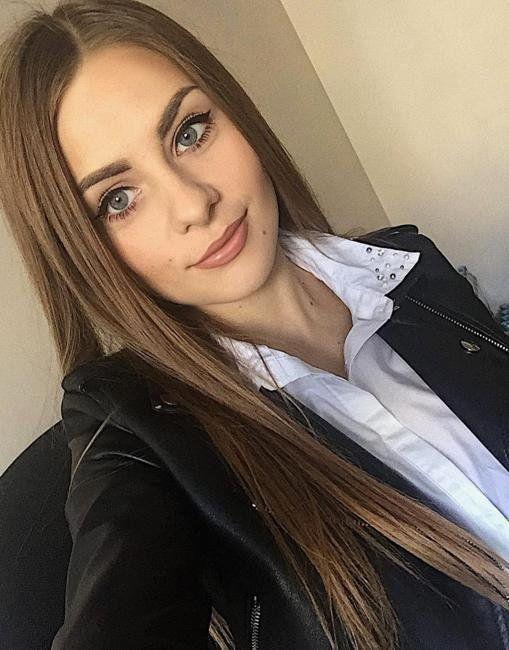 o femei singură vrea să se întâlnească fără înregistrare)