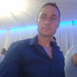 Matrimoniale femei cauta barbati pentru sex craiova. Poza Femei Singure Craiova .jpg - Filehost