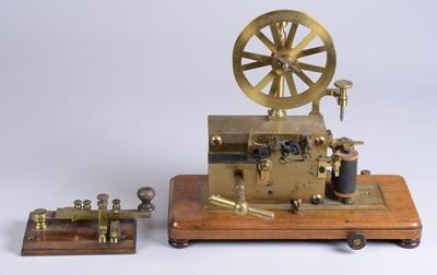 telegraf - Traducere în franceză - exemple în română | Reverso Context