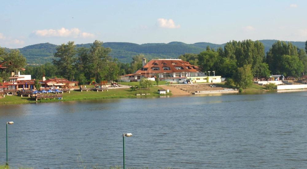 Golden Danube Veliko Gradiste - Garanția celui mai bun preț | iristarmed.ro
