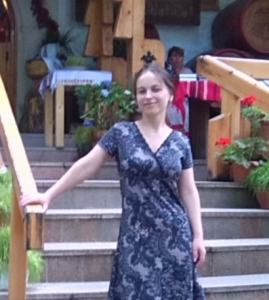 caut o doamna singura din Sibiu
