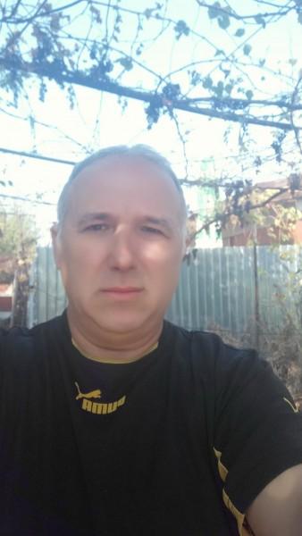 Caut frumoase bărbați din Drobeta Turnu Severin)