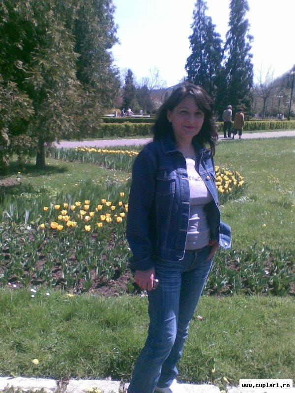 Caut divorțate bărbați din Reșița)