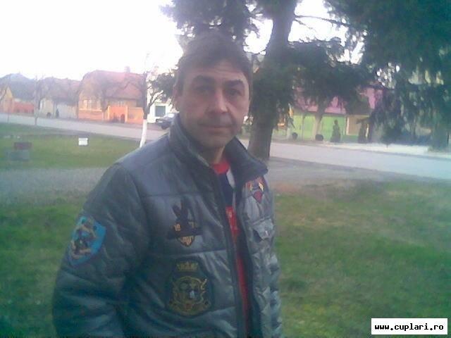 barbati care cauta femei din Iași numere de telefon fete singure din mioveni