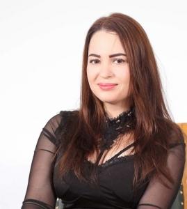 fete frumoase care caută bărbați din Iași)