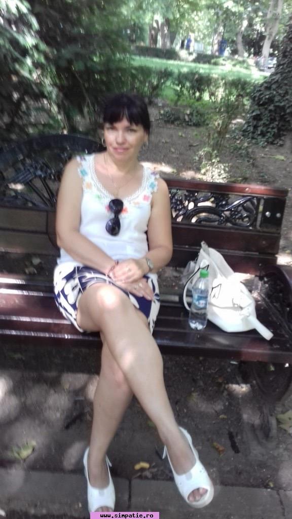 fete pentru casatorie de la tara)