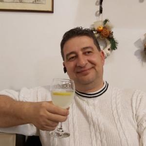 un bărbat din Drobeta Turnu Severin care cauta femei singure din Timișoara